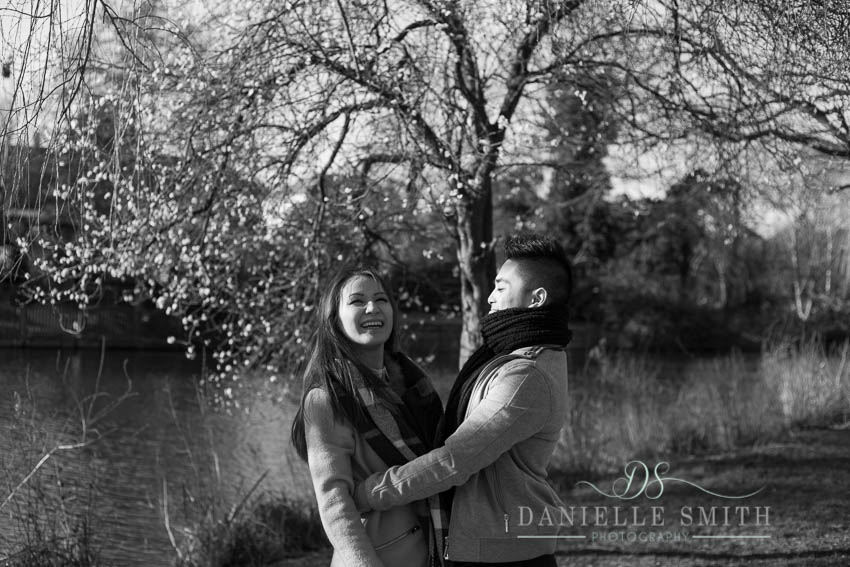couple's engagement photography in park