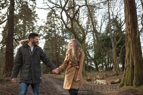 winter couples photo shoot - pre-wedding photography