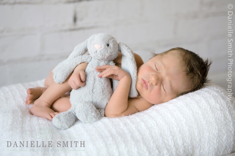 newborn photography wickford 8.jpg