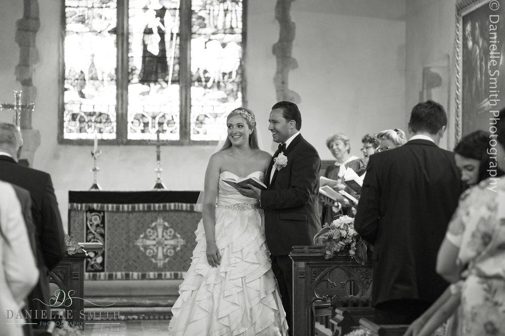 bride and groom singing hymn