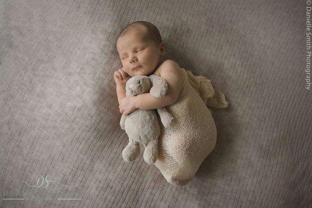 newborn photography essex-reggie 2.jpg