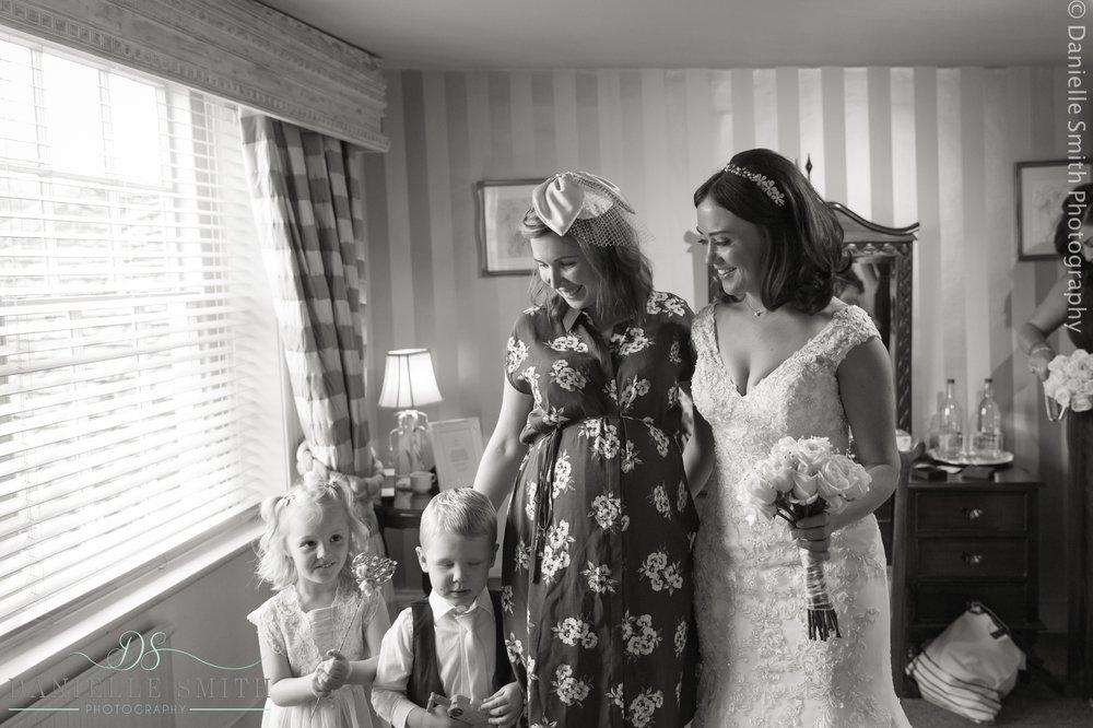 Wedding photography at Fennes- Joanne Rob 10.jpg