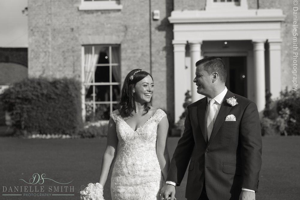Wedding photography at Fennes- Joanne Rob 28.jpg
