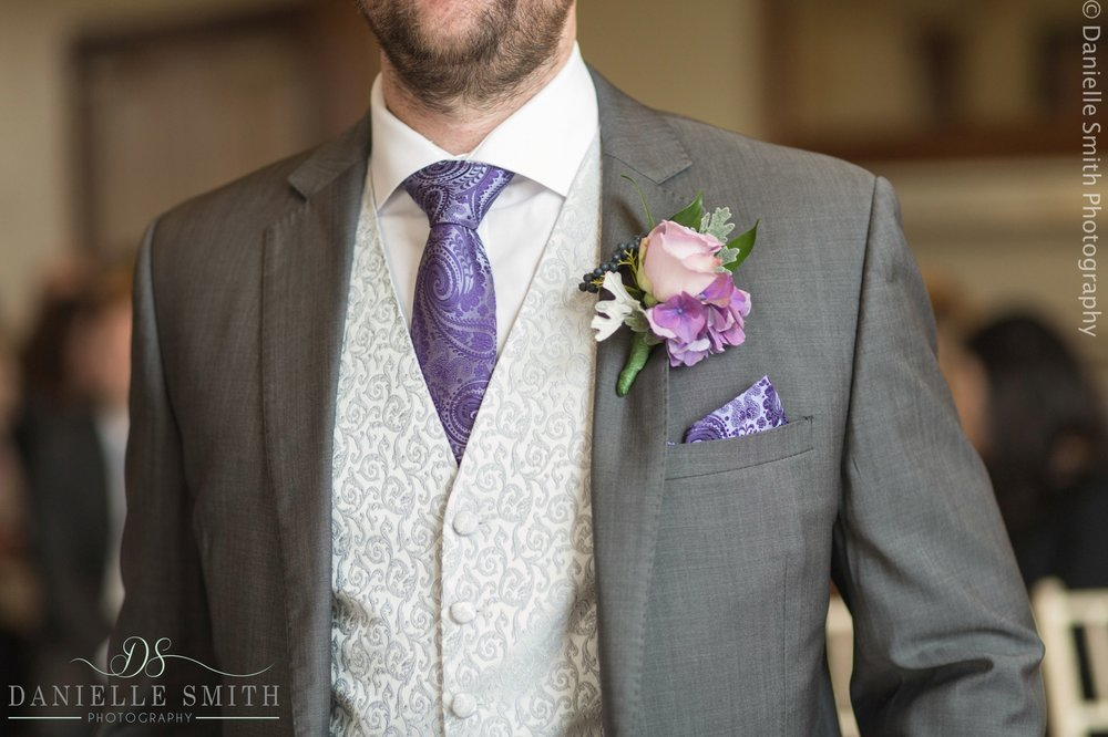 grooms suit with violet details
