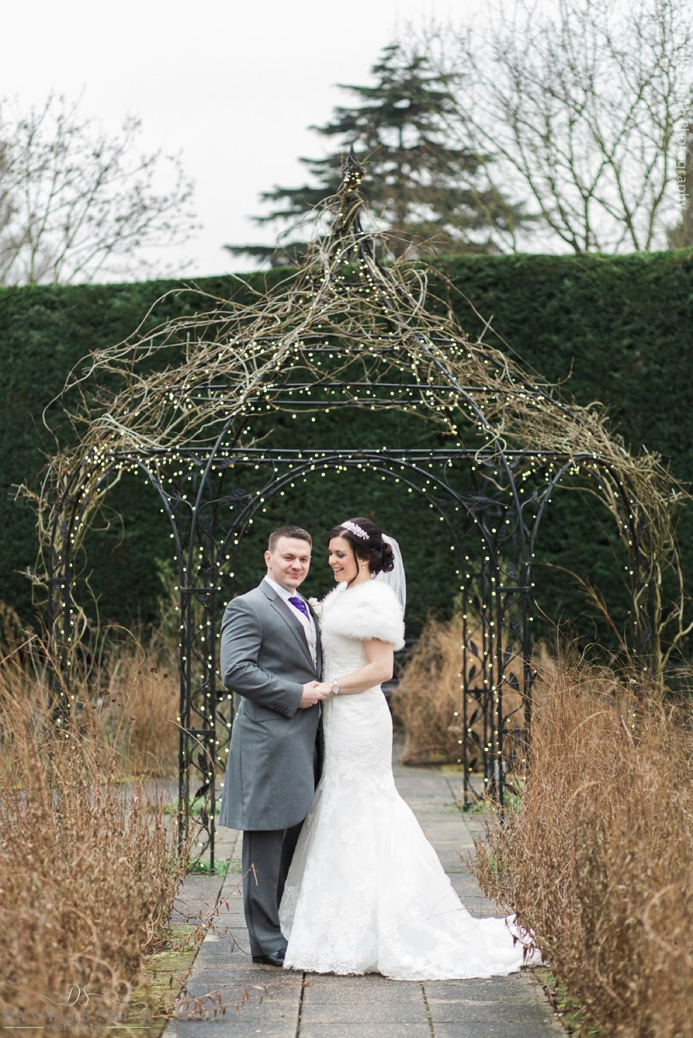 Gaynes park winter wedding 70.jpg