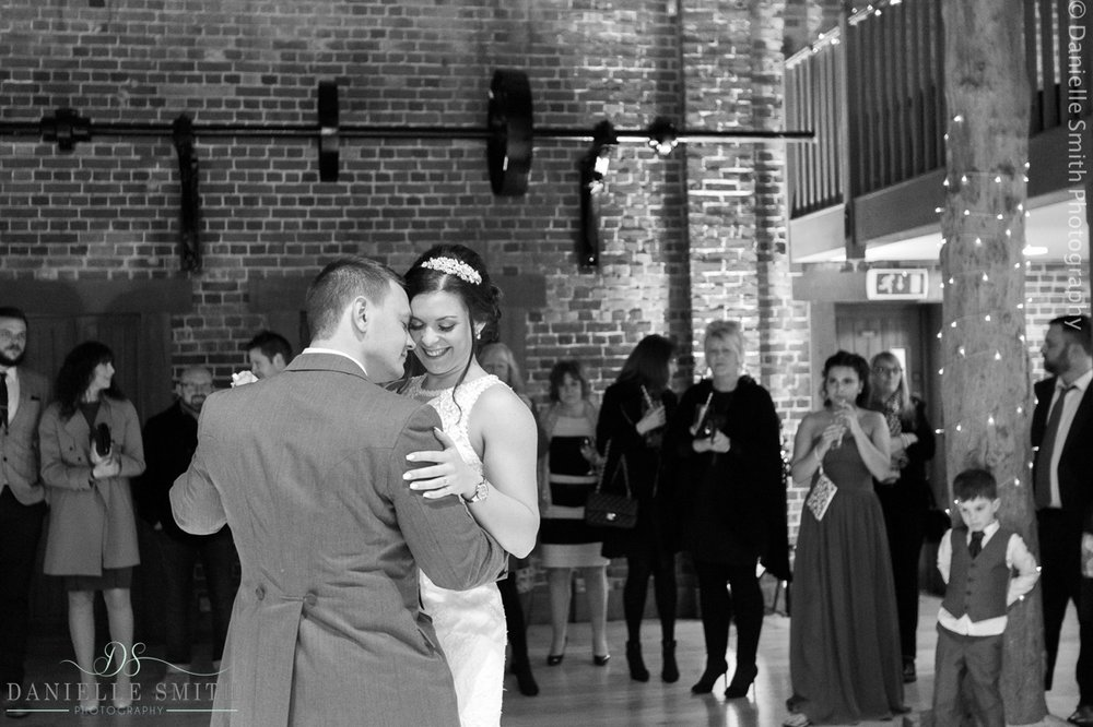 Gaynes park winter wedding 88.jpg