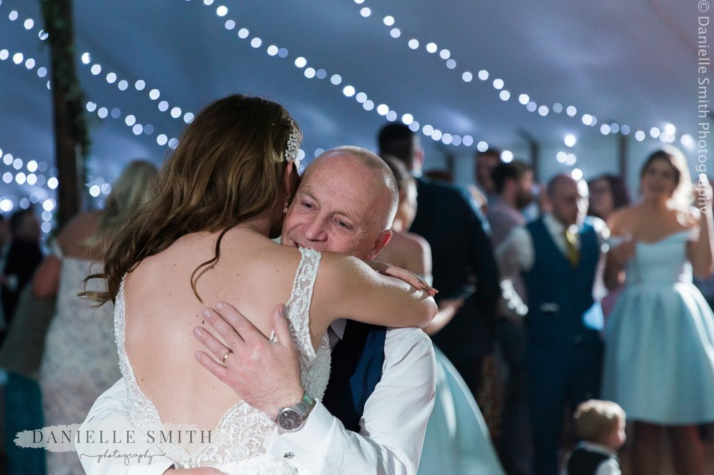 father and daughter dance at wedding