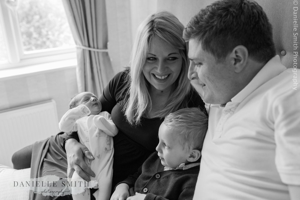 Lifestyle newborn photos-chelmsford 1.jpg