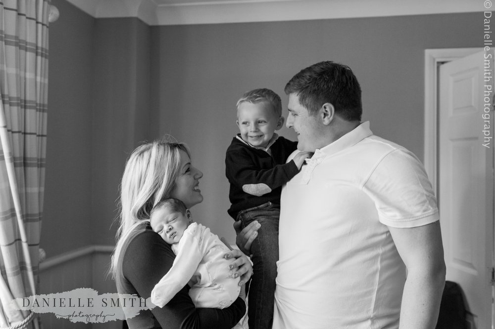 family with newborn - lifestyle newborn photography chelmsford
