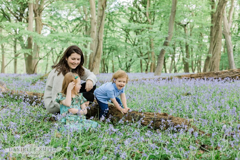 lifestyle family photos bluebells 17.jpg