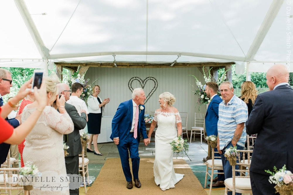 chilled out wedding at houchins 3 1.jpg