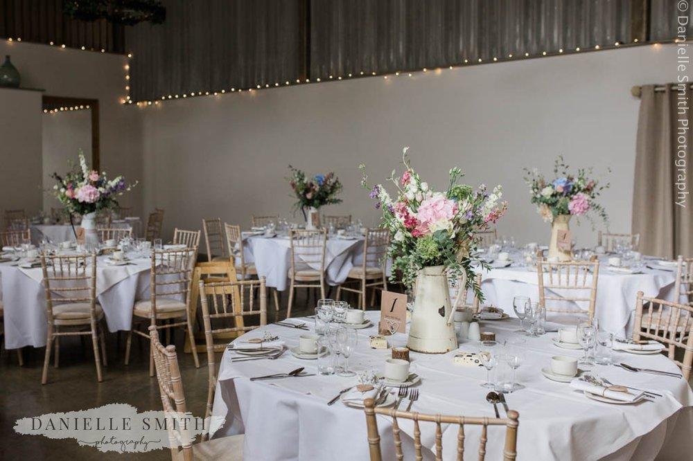 houchins wedding reception table decor