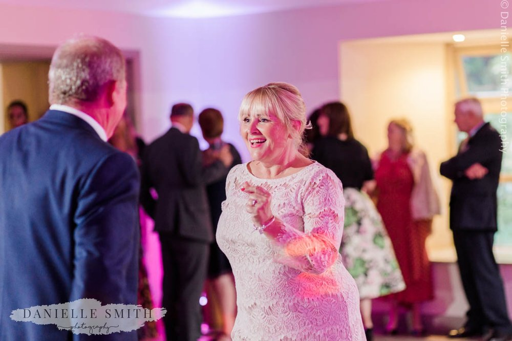 chilled out wedding at houchins 5 17.jpg
