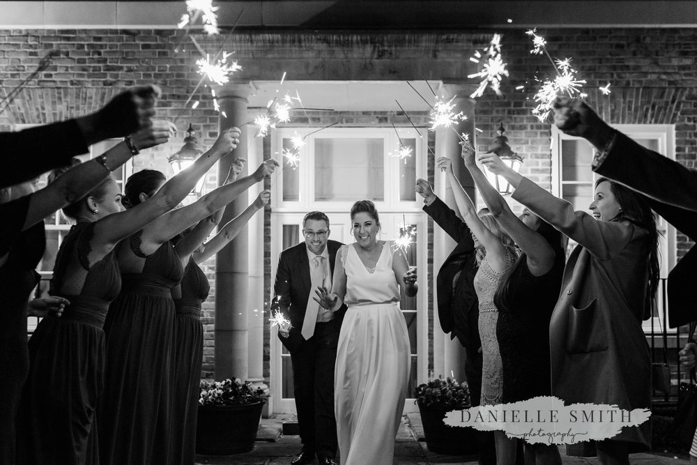 sparkler photo at autumn wedding
