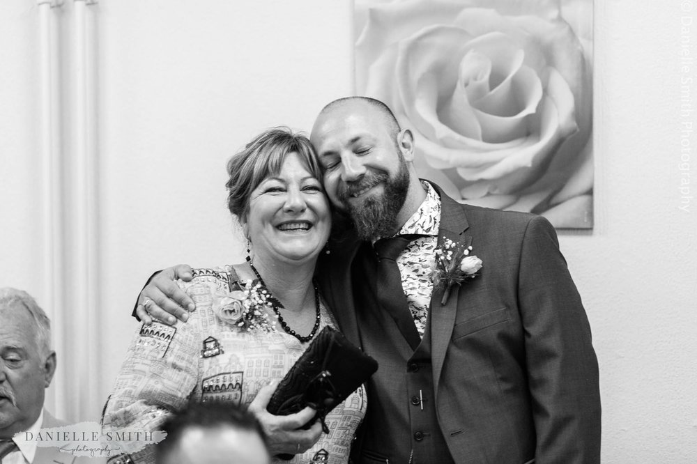 groom with mother-in-law