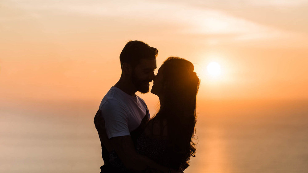 couple photo shoot in italian sunset