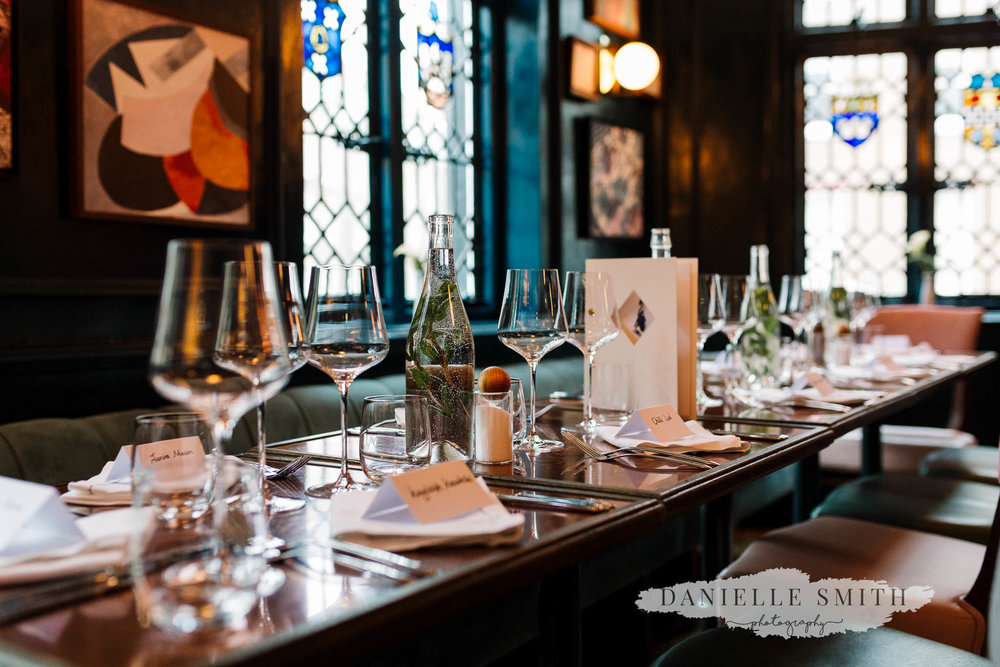 table setting at clarette wine bar london