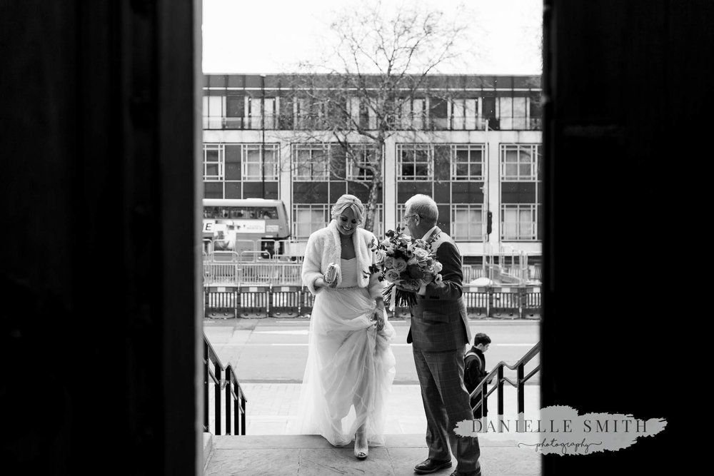 bride arriving at old marylebone town hall wedding