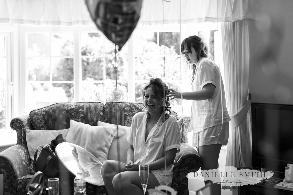 bridesmaids getting ready - mulberry house wedding