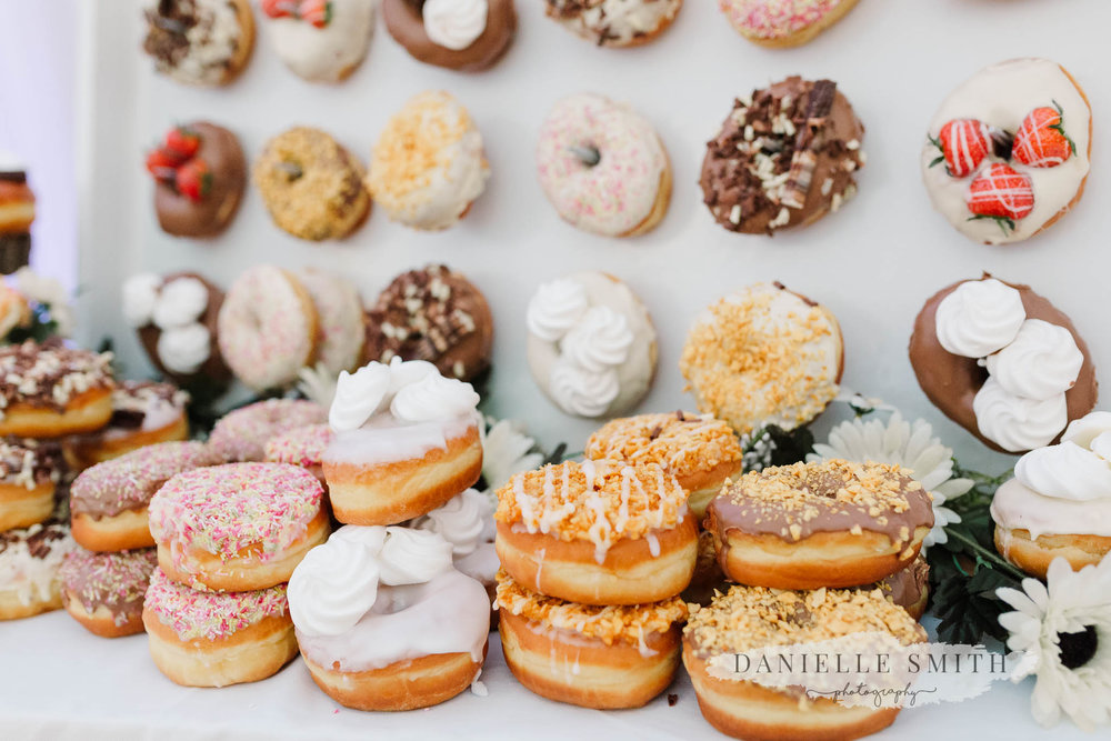 donuts at wedding