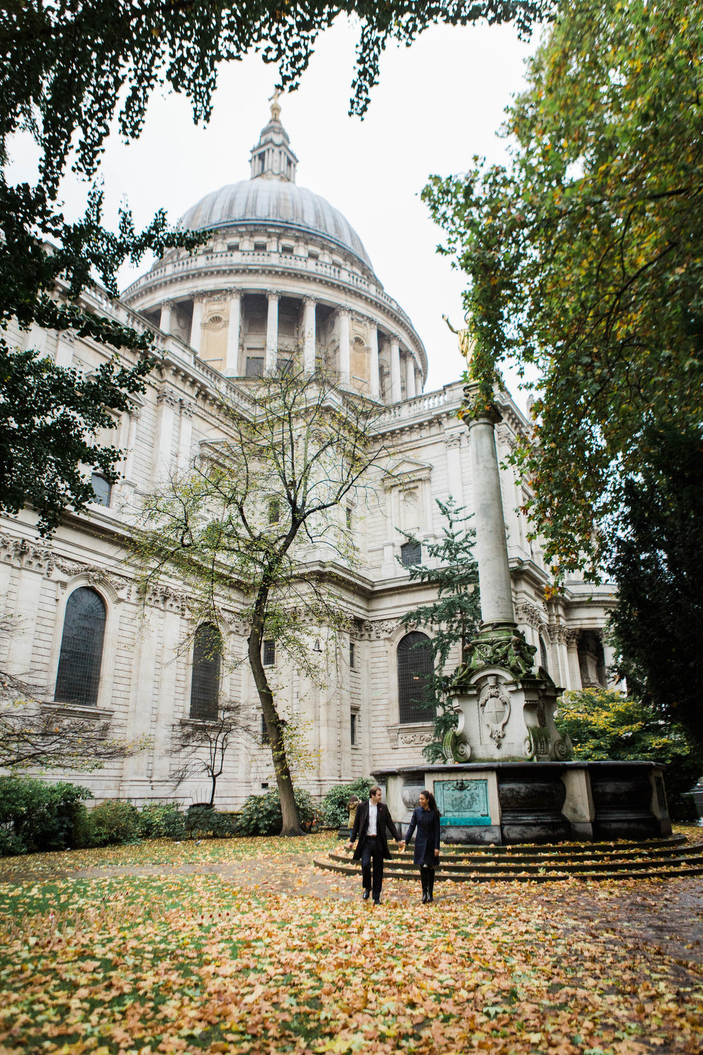 couple photo shoot at St Pauls London