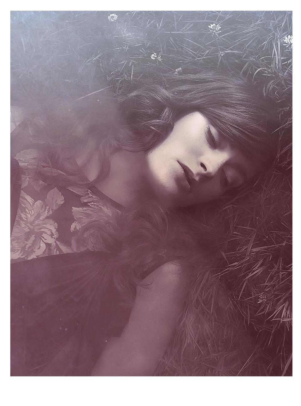 Maddalena2Caitlinbellahfacebook.jpg