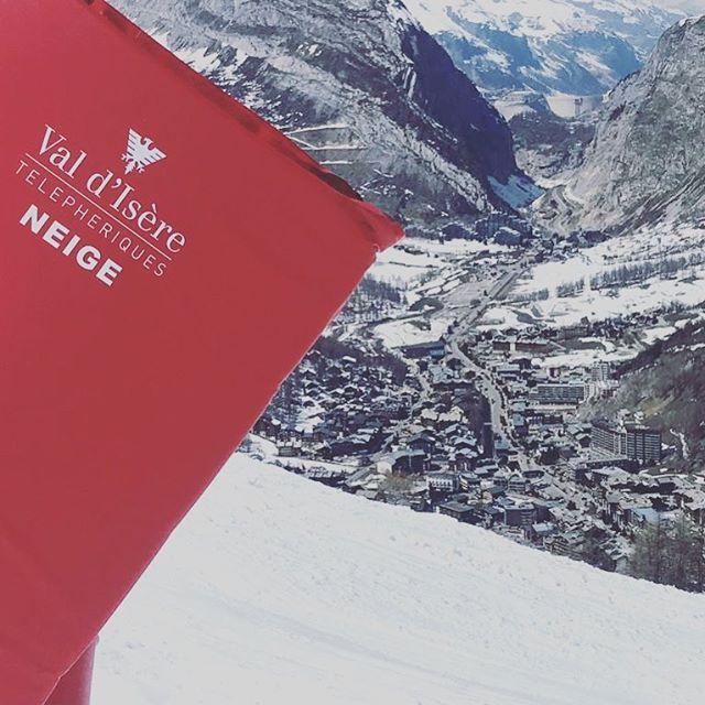 Still amazing conditions..... #skimorehurtless #skirecovery #recoverymassage