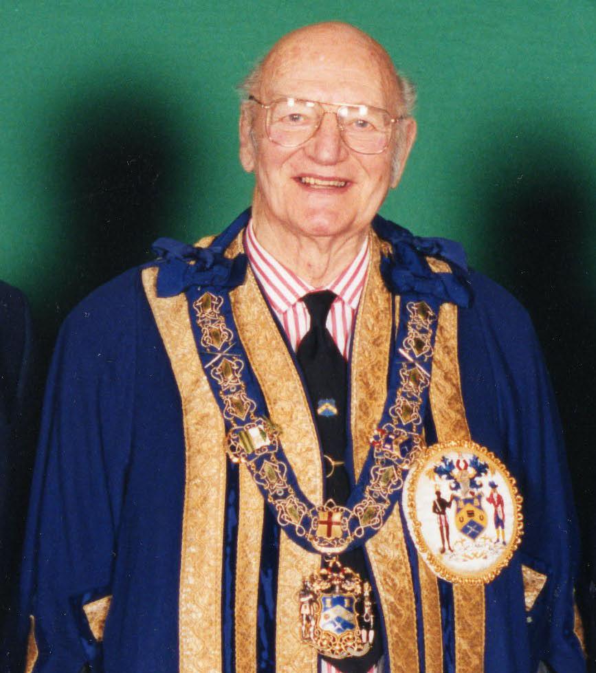 Master 2001 - Sir Peter Yarranton