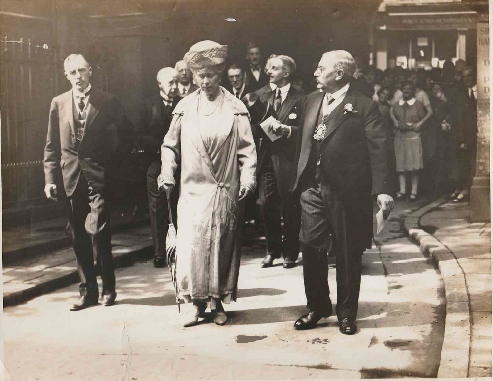 Queen Mary attending the 1927 Exhibition - Master Fred Gillett C.C. - 1st Warden A. Rochester Brown