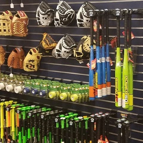 Swing XP is now available at @dbat_peoria! If you think the bats look good here wait till you take BP! #dominatetheplate