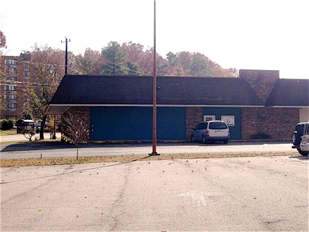 4914 N. Roxboro Rd. - 3,200 sq/ft. $3,200.00/ month/ negotiable / Broker-Owner - click image for more info