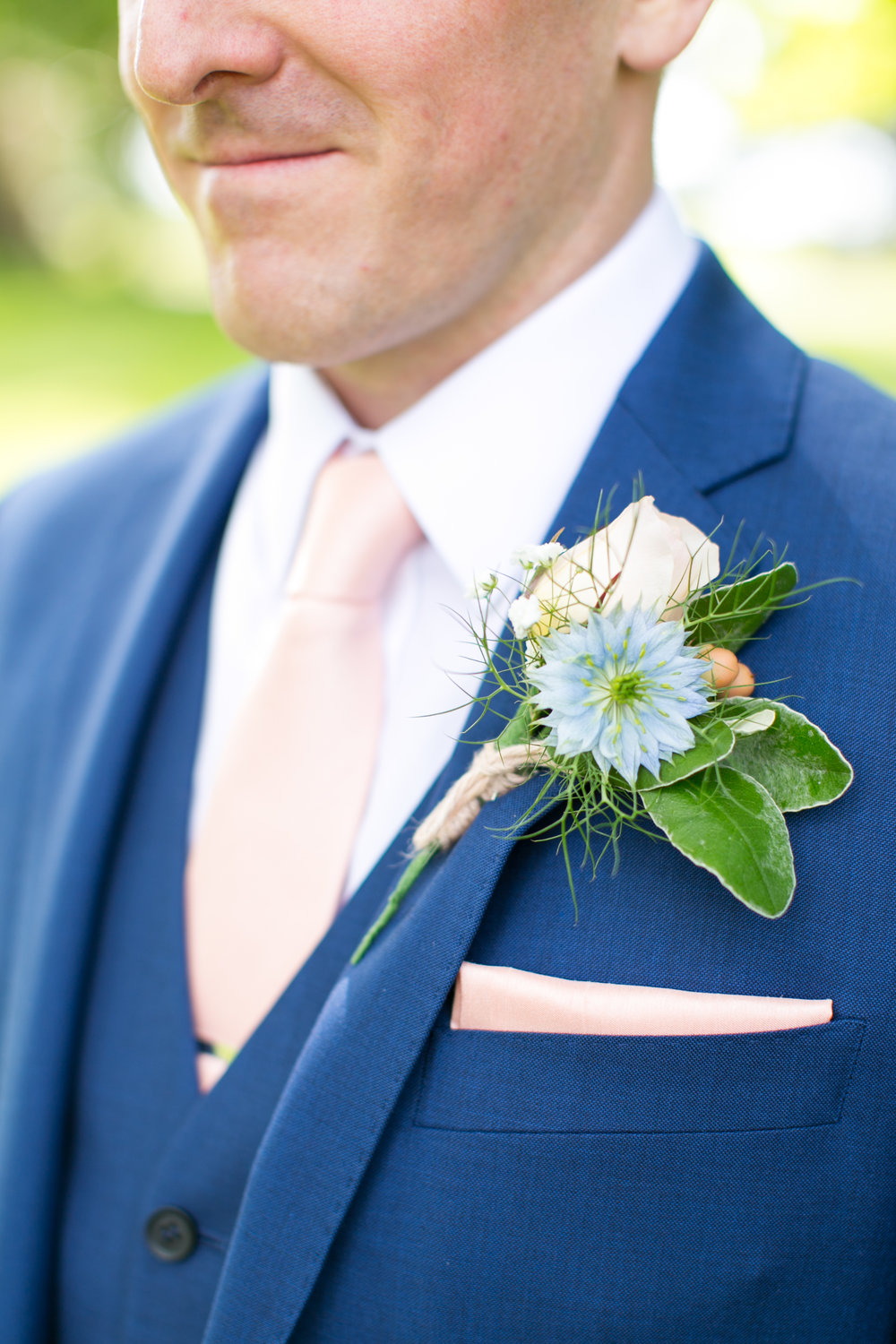 Buttonholes - one of my favourite details in any wedding is the making of these little works of art. Honestly, I could happily make these all day!