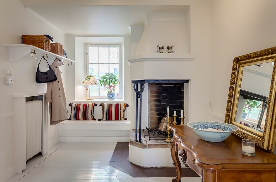 luxury-apartments-luxury-real-estate-luxury-interiors-home-interior-decorating-scandinavian-6.jpg