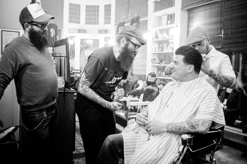 At Schorem Haarsnijder En Barbier on a saturday night getting a haircut by Bertus while talking to Leen and Zwalfred from the Small Time Crooks. Photo by Jelle Mollema