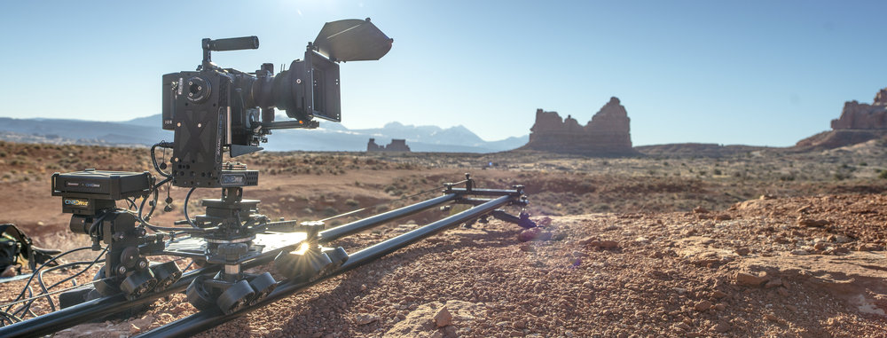FLAWLESS FILMMAKING   CINEDRIVE    LEARN MORE
