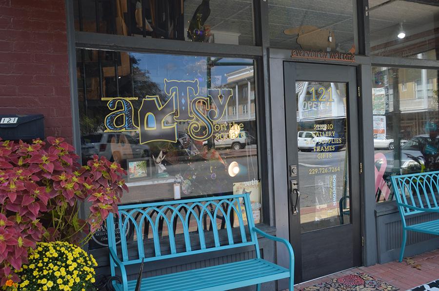Artsy on the Square, Bainbridge, GA-Window Design