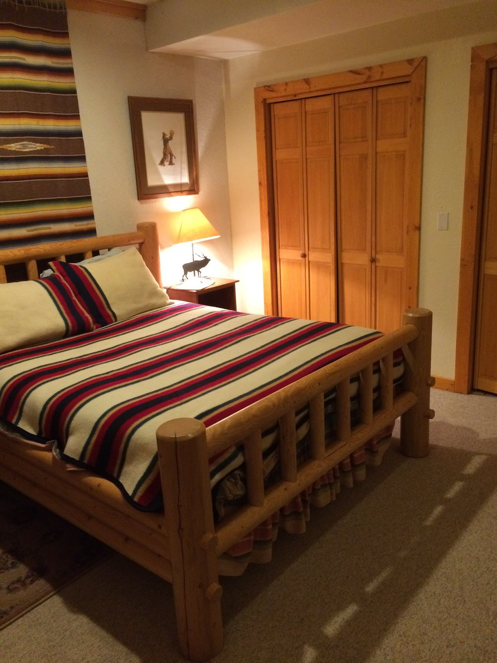 Shared Private Queen Bed room