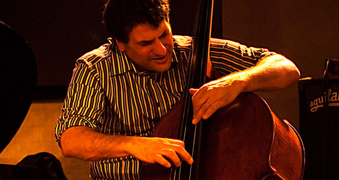 https://news.jazzline.com/news/airport-tsa-instrument-damage-john-patitucci-bass/