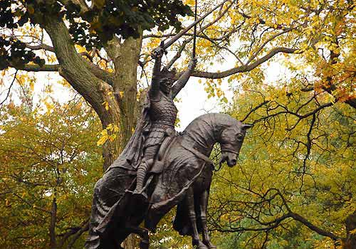 King Jaiello Statue, Central Park