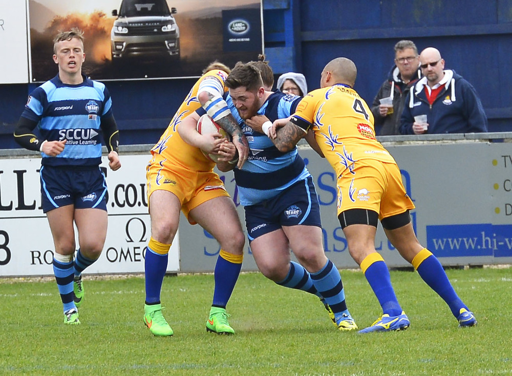 Tom Hall on the charge versus Hemel Stags