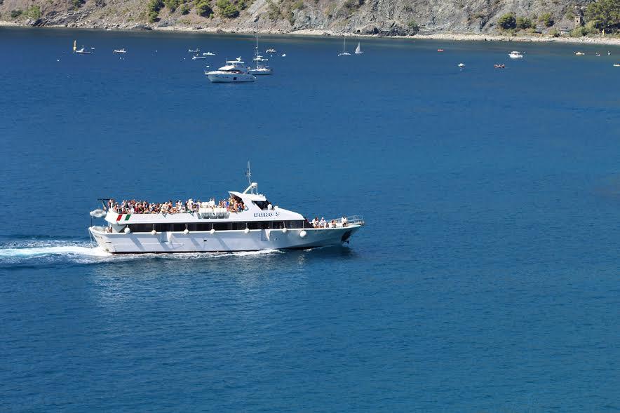 cinque terre boat ride