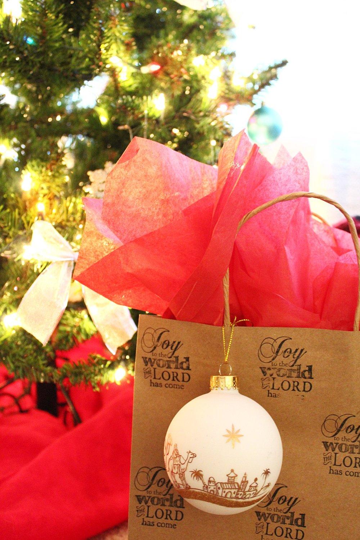 christmas-wrap.jpg