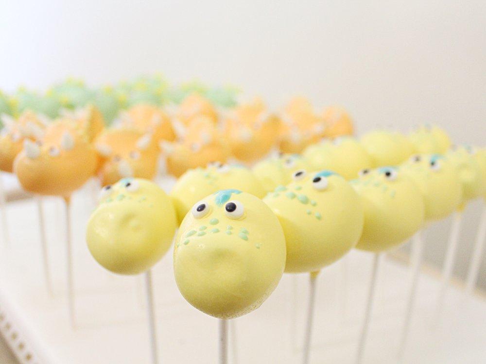 dinosaur-cake-pops