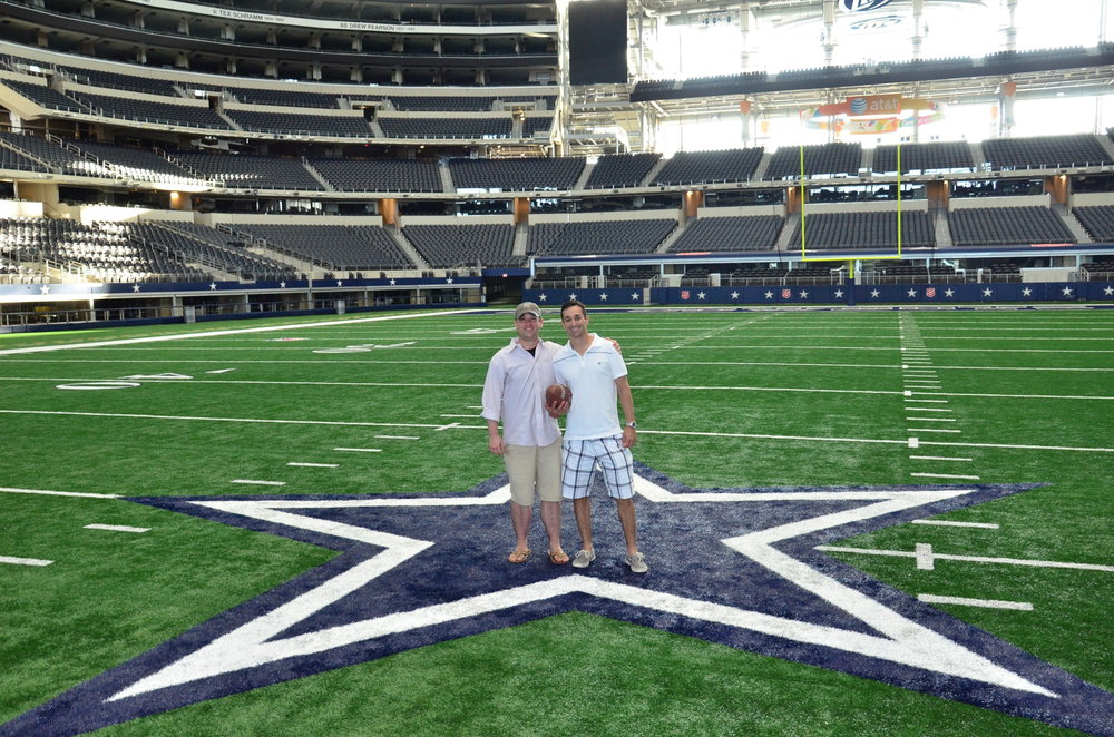 Bryan Harmsen '01 & Tony Mauro '99 at Texas Stadium