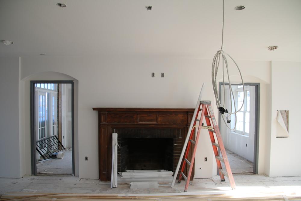 2016-01-05 Living Room fireplace.JPG