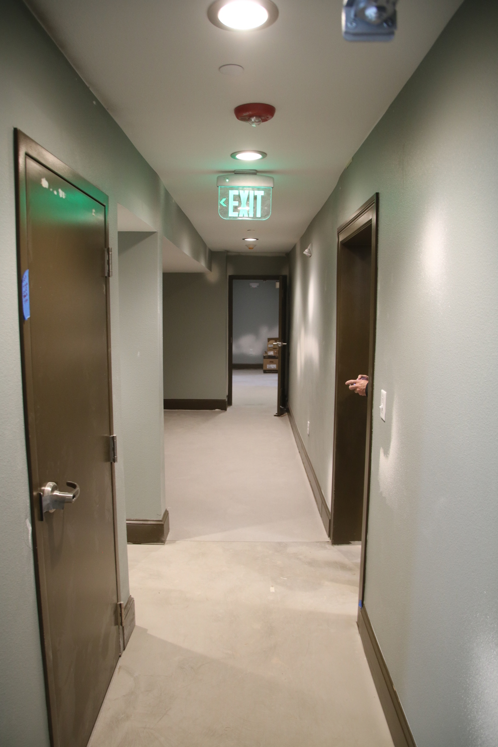 2016-03-22 basement hall looking west from Laundry.JPG