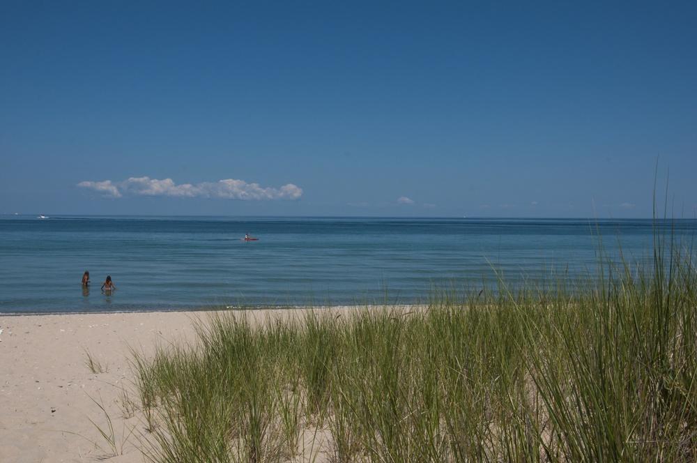 charlevoix_beach_kayaker.jpg