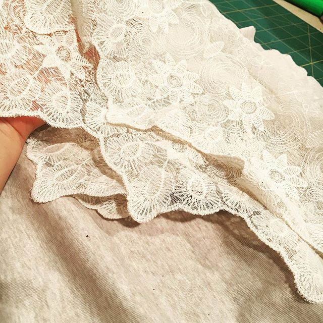 Mixing vintage lace with modern jersey. Precious element for a new piece. #vintage #lace #workinprogress