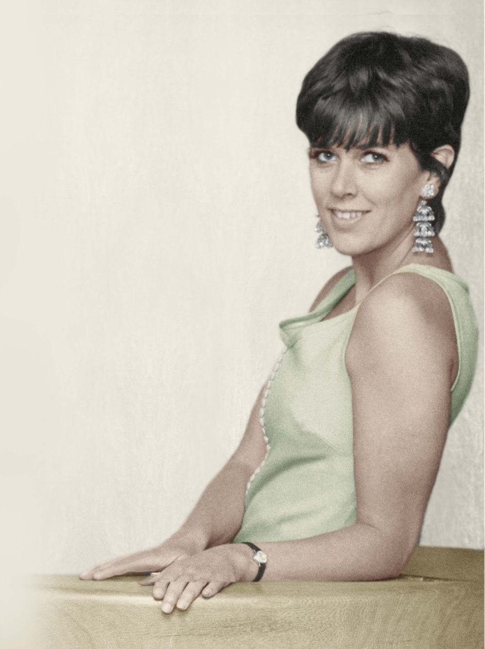 Prue Leith in the late sixties, in her late twenties. Today she retains her good looks but continues to use well-chosen thoughts, words and actions to achieve soaring success... all securely buttressed with love, of course!