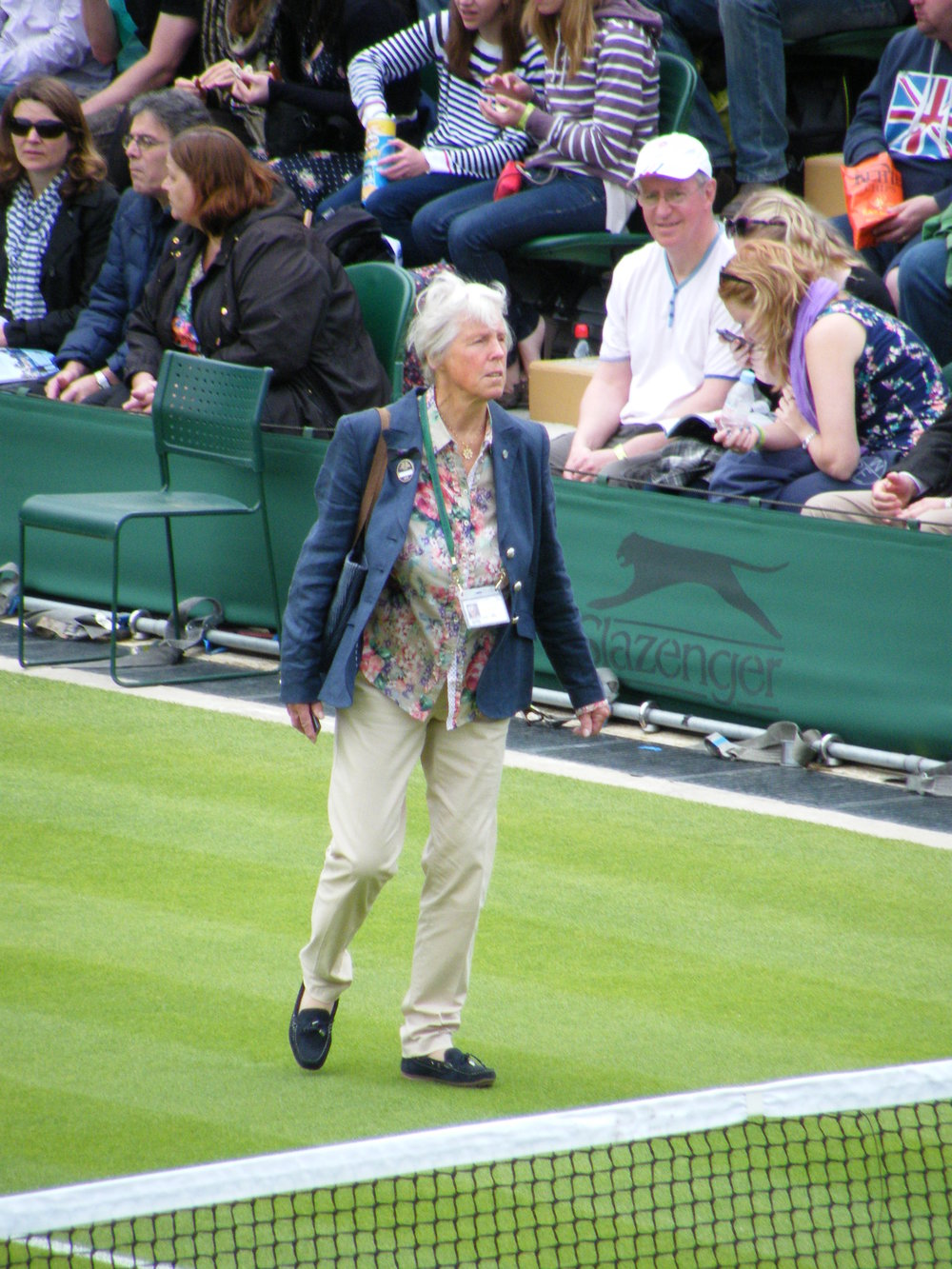 11:12  - Ann Jones walks across No. 3 Court.